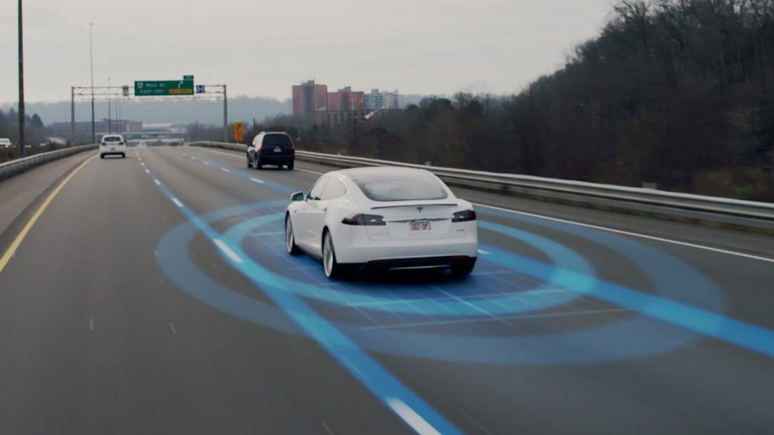 Difference between Tesla Autopilot versions
