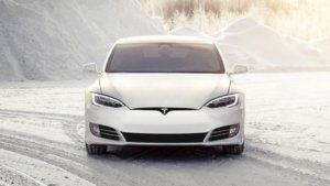 Tesla Model S : Ventilation barely heats the back