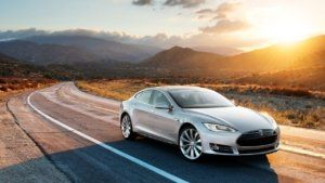 How long does a Tesla battery last?