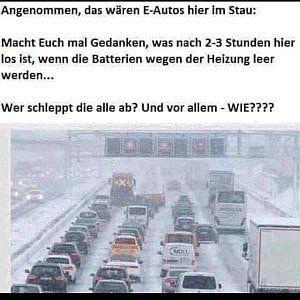 Elektroauto im Winter Stau