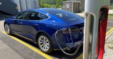 Tesla battery empty